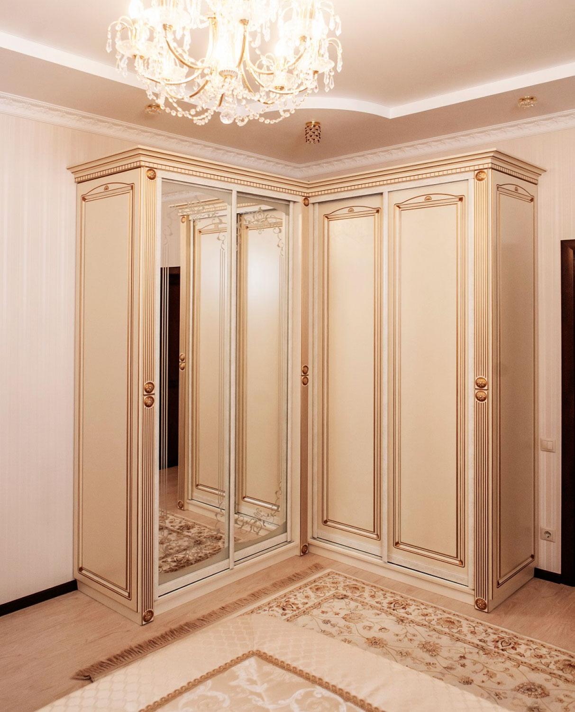 Шкафы купе в классическом стиле фото